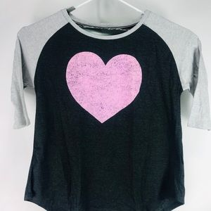 Tops - Pink heart t shirt women's 20/22w 2x (g)